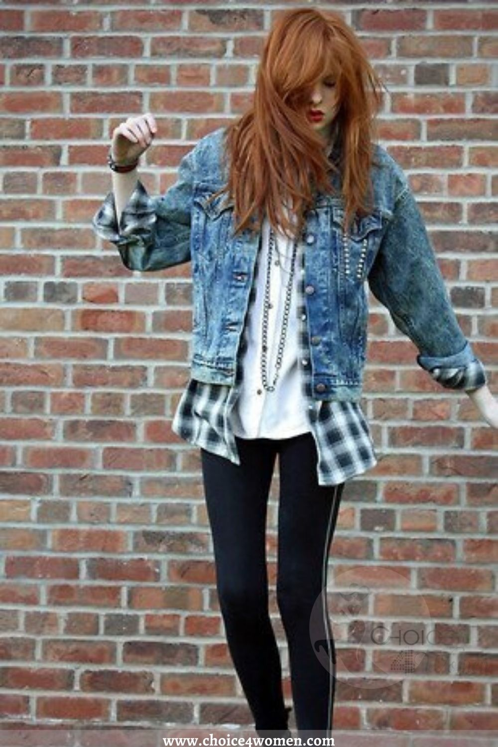 cute outfits for women with check denim
