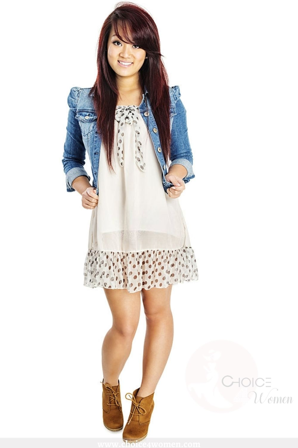 cute outfits for women with denim jacket