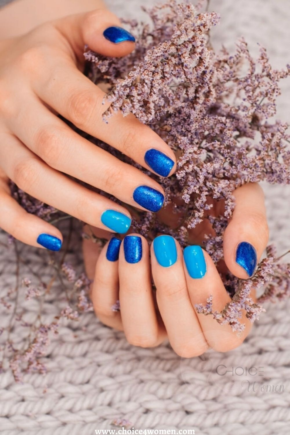 short nail designs in blue