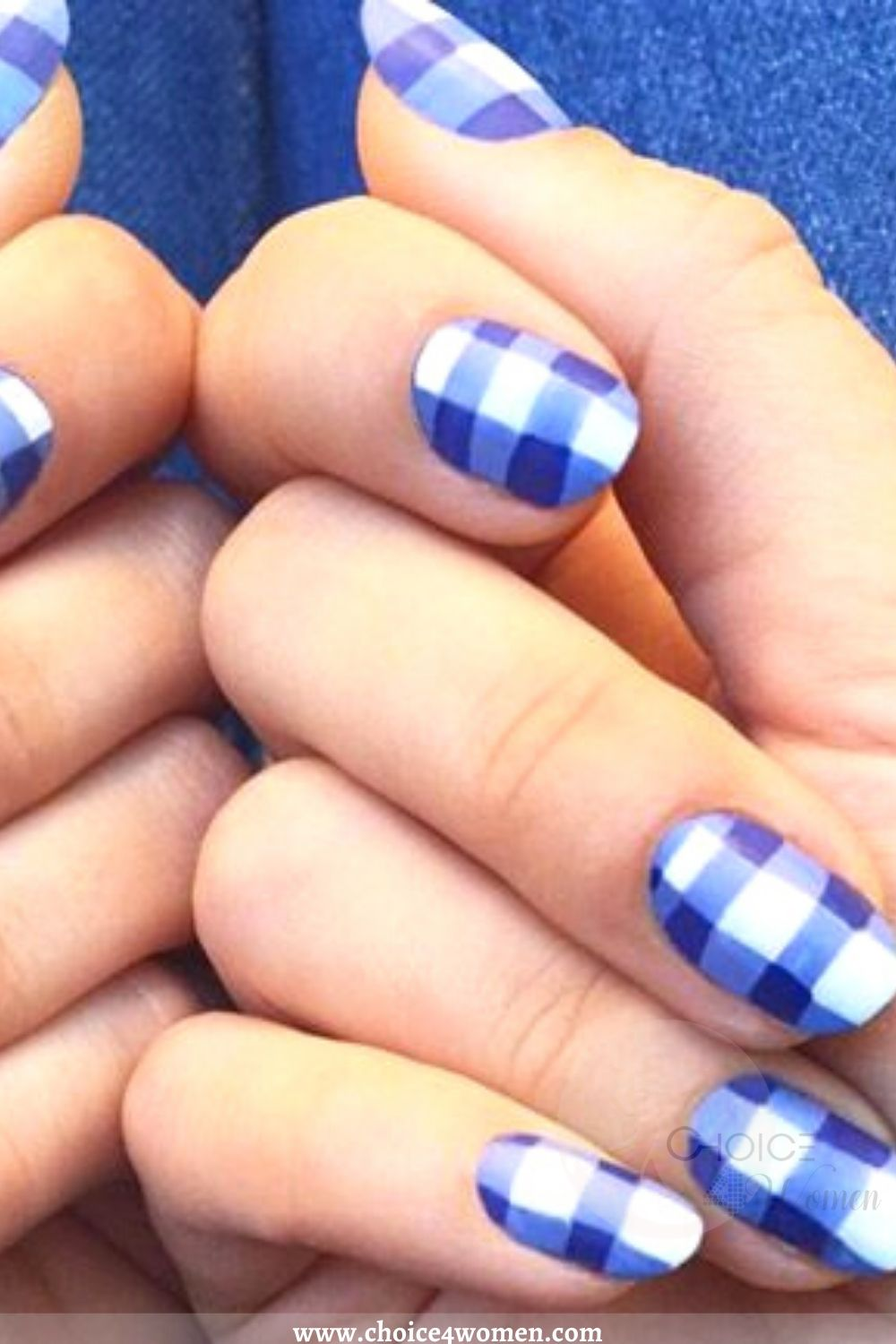 Gingham Nail Trends