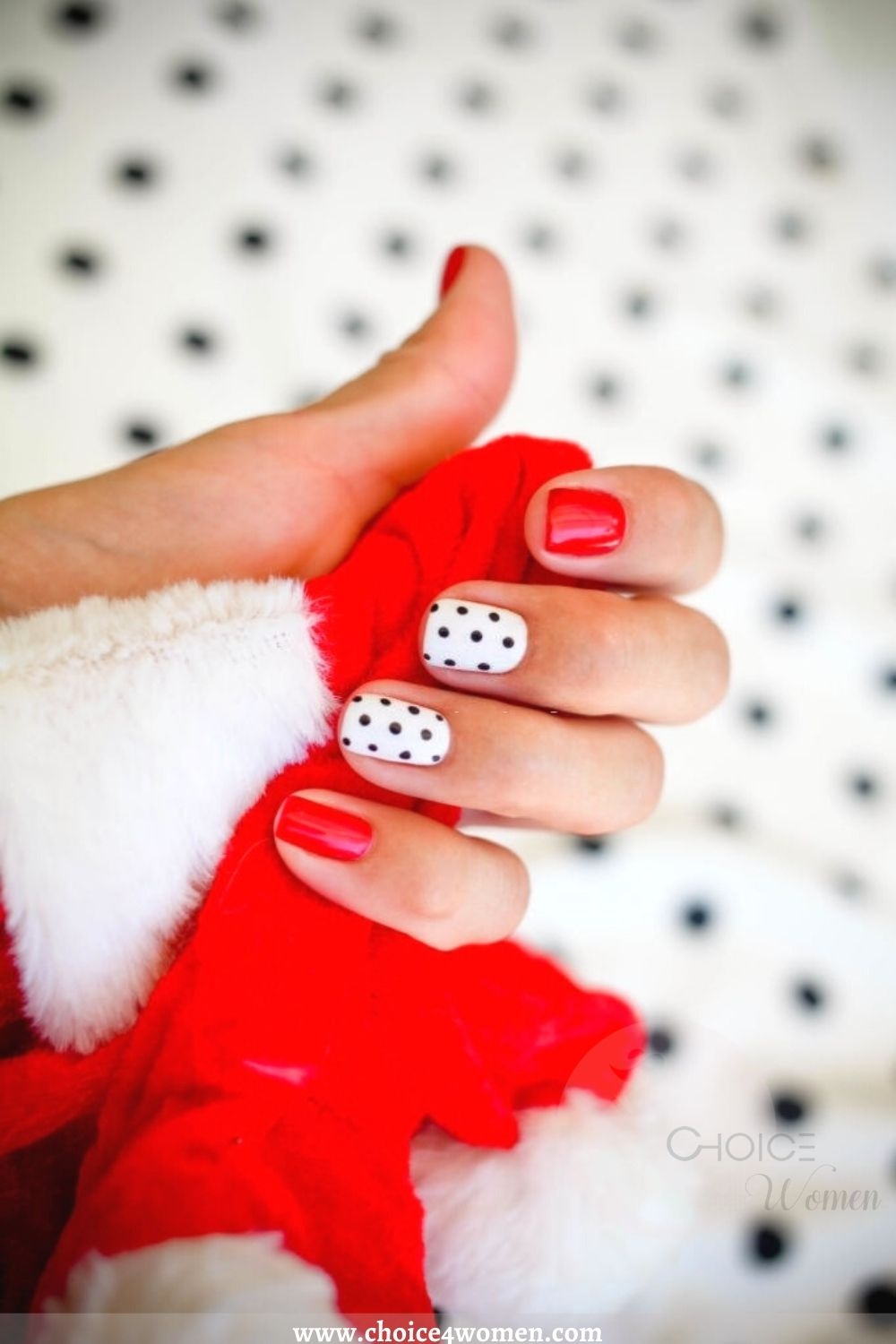 nail trends in white and red