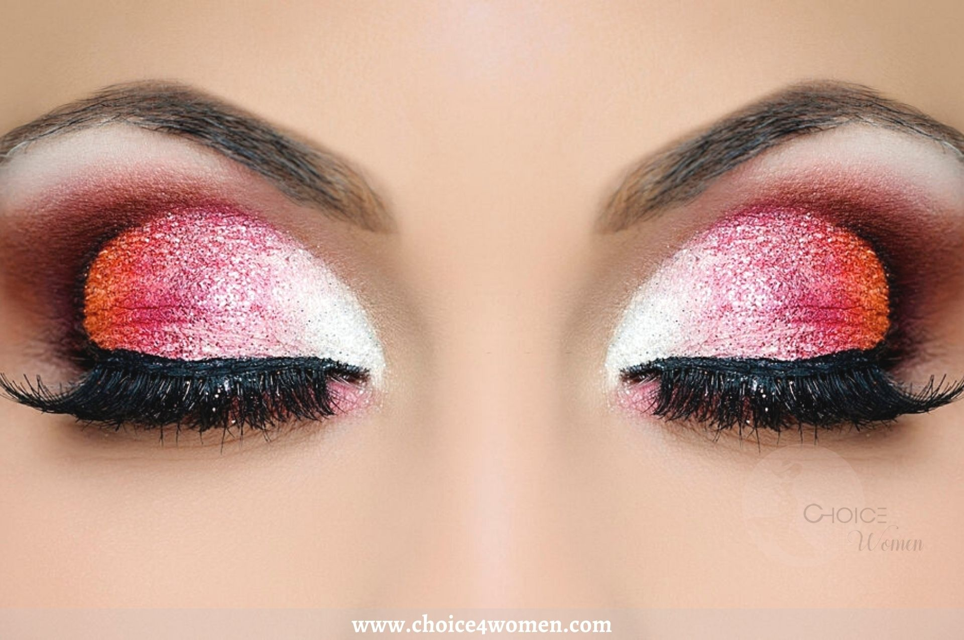 Amazing Ideas of Natural Glitter Makeup Eye Looks for Parties